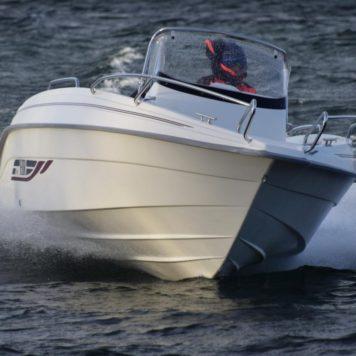 HR 602cc & Suzuki 115hk